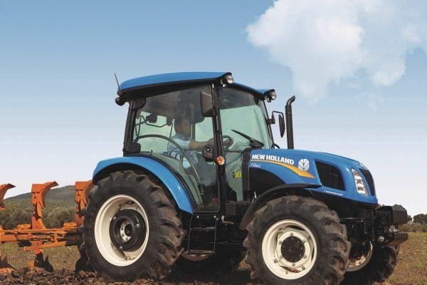 New Holland Traktor T4.55Smit Stoll Frontlader