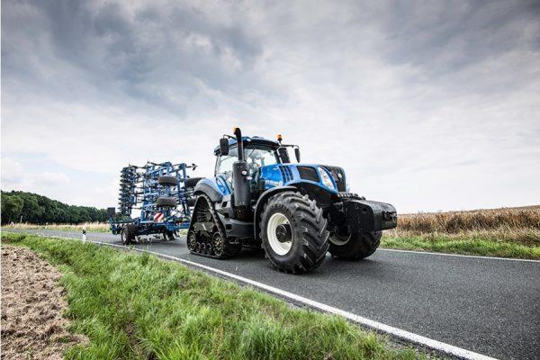 New Holland Traktor T8